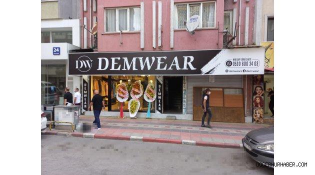 DEMWEAR Kadın Giyim Mağazası Açılıyor