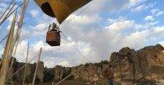 Uçan Balonlar Döğer Semalarında